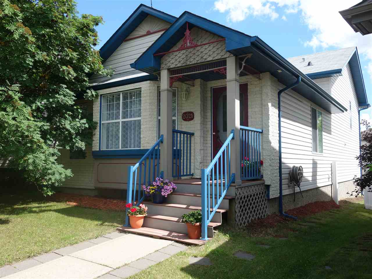 MLS® listing #E4163733 for sale located at 2021 Tanner Wd