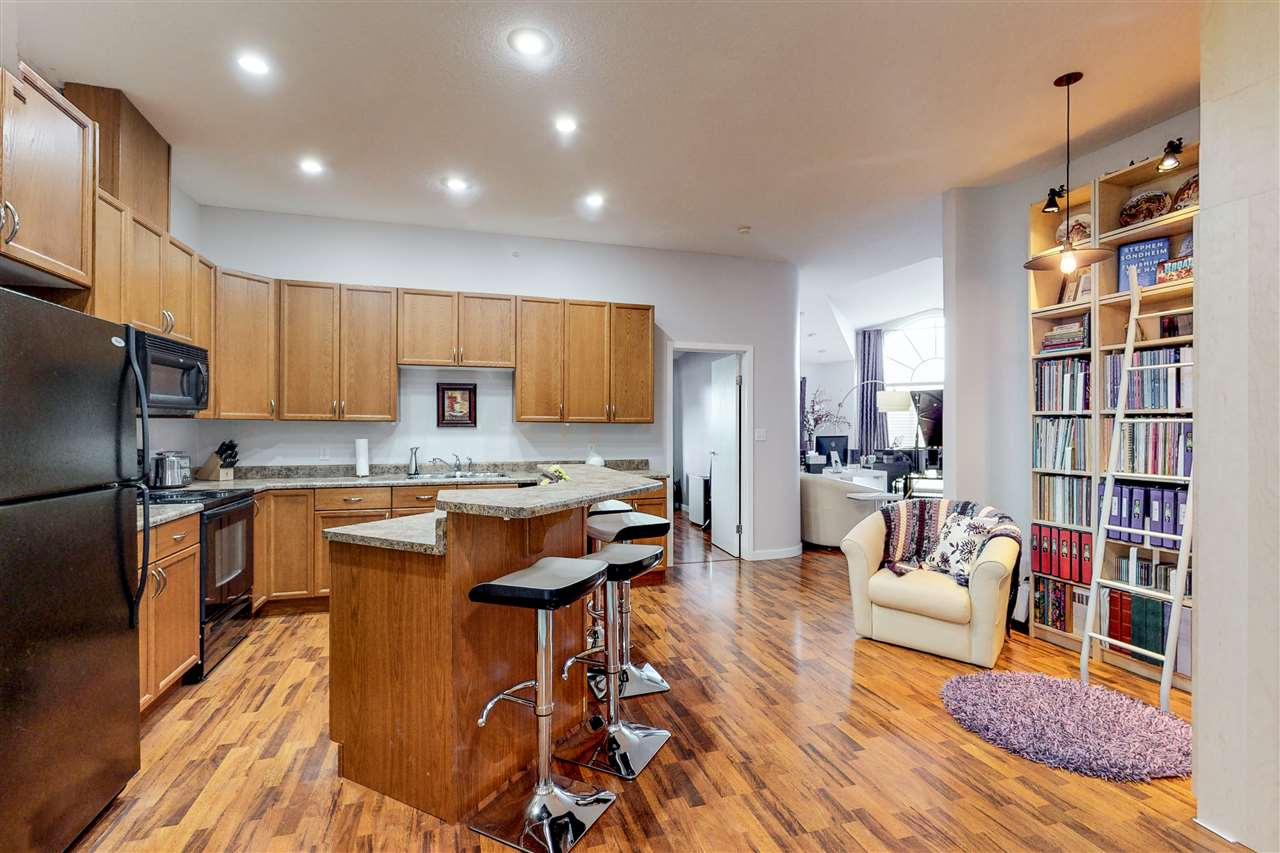 MLS® listing #E4163801 for sale located at 419 4312 139 Avenue