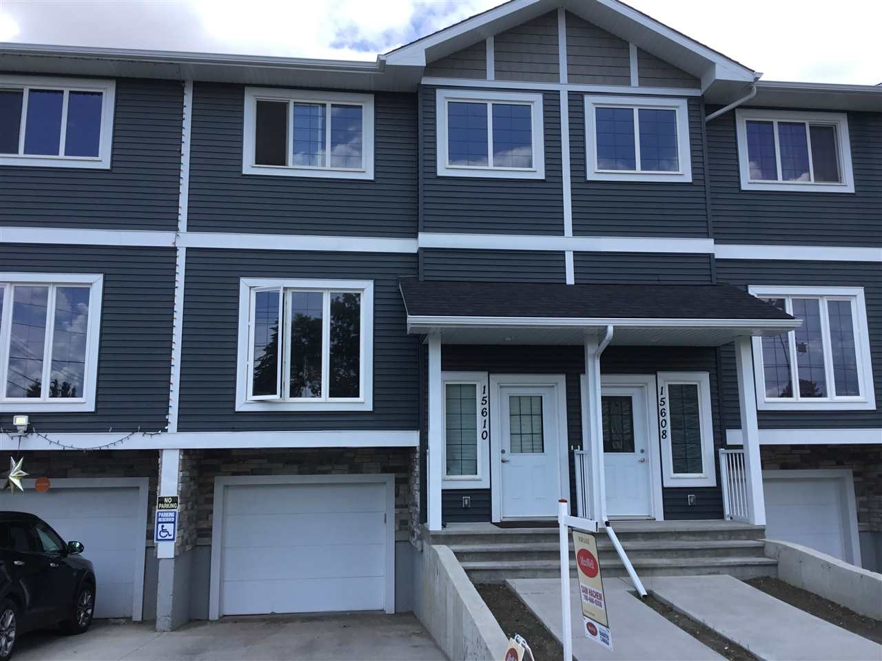 MLS® listing #E4163866 for sale located at 15610 97 Avenue