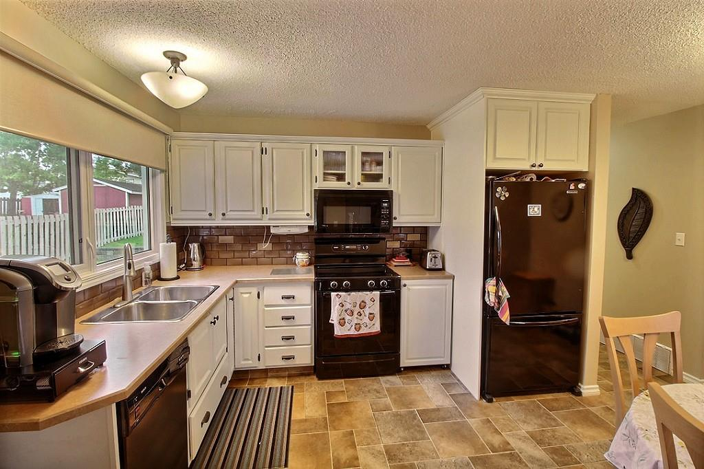 MLS® listing #E4164025 for sale located at 3641 73 Street