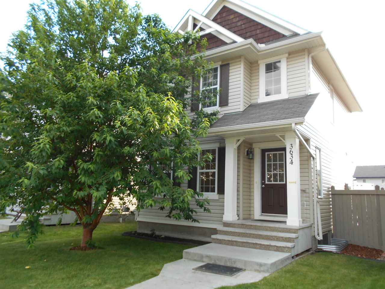 MLS® listing #E4164344 for sale located at 3634 12 Street