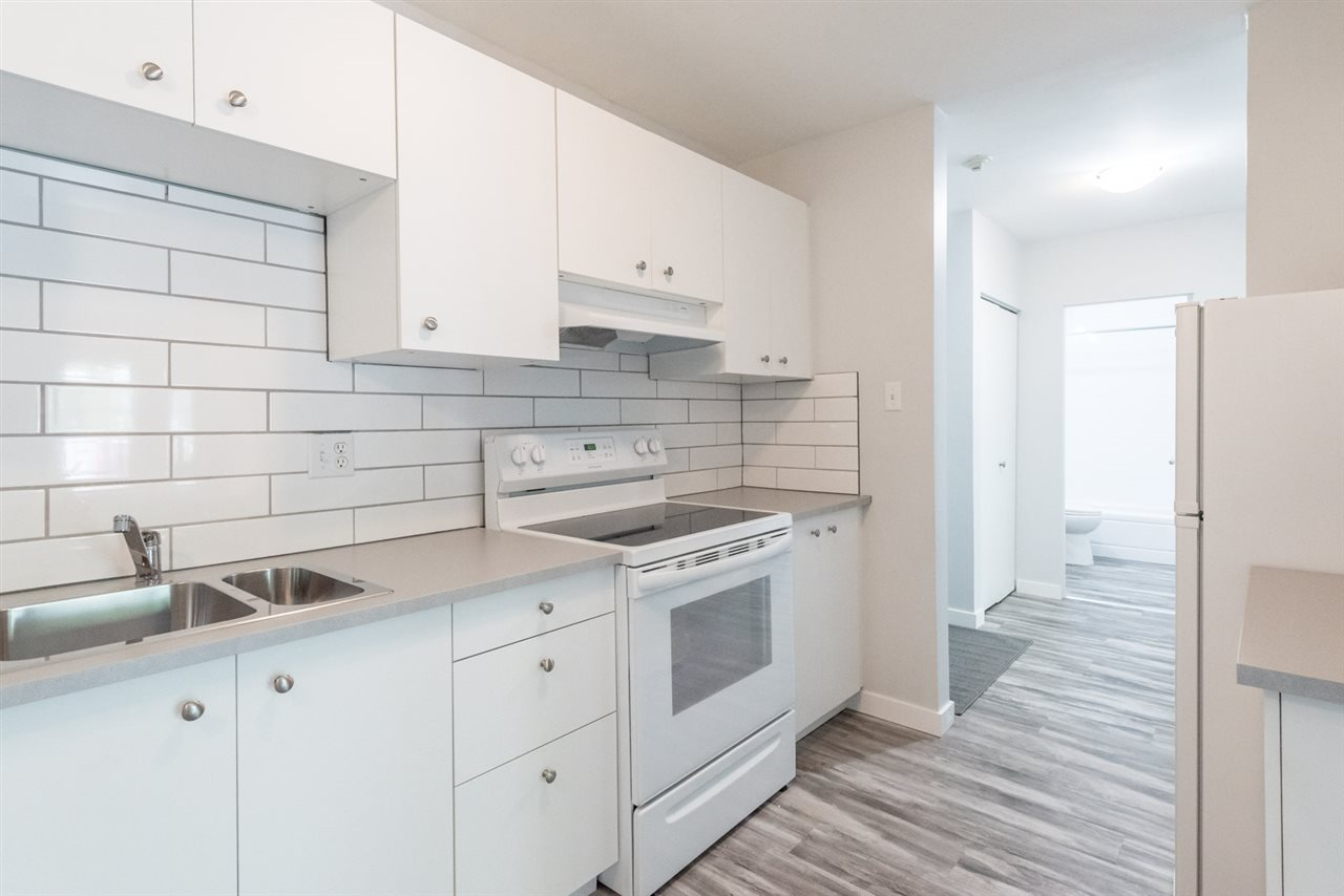 MLS® listing #E4164527 for sale located at 16 10207 115 Street