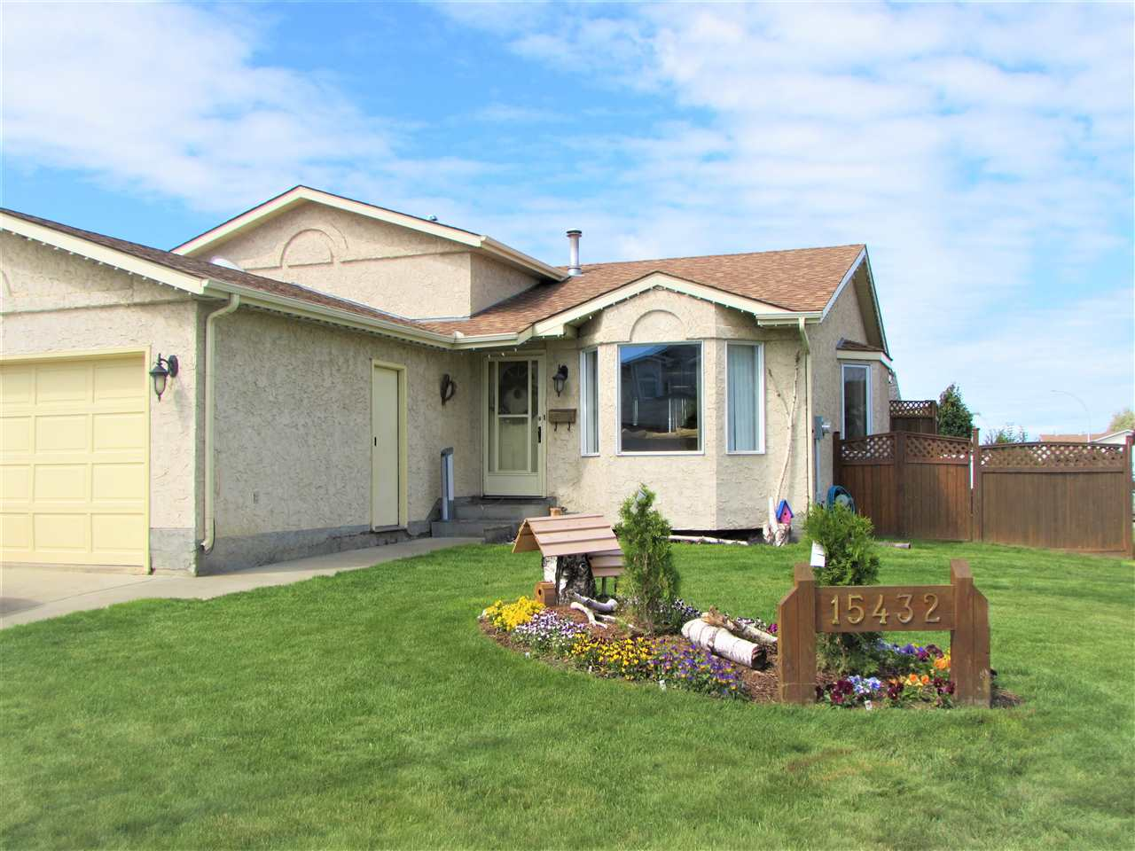 MLS® listing #E4164741 for sale located at 15432 68 Street