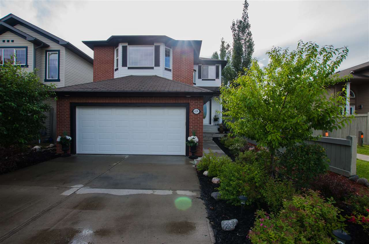 MLS® listing #E4164854 for sale located at 624 60 Street