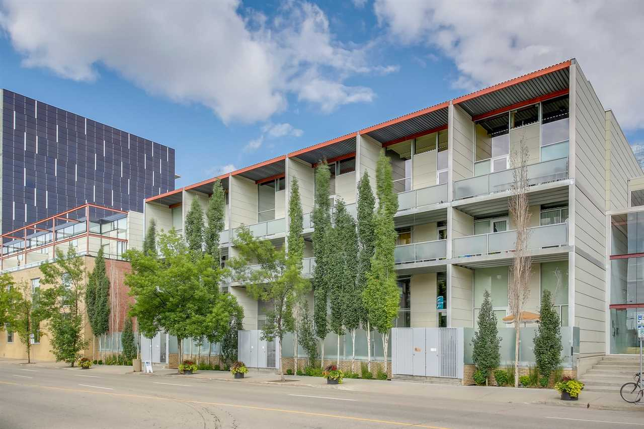 MLS® listing #E4165038 for sale