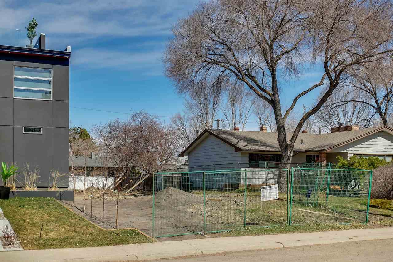 MLS® listing #E4165172 for sale located at 13908 92 Avenue