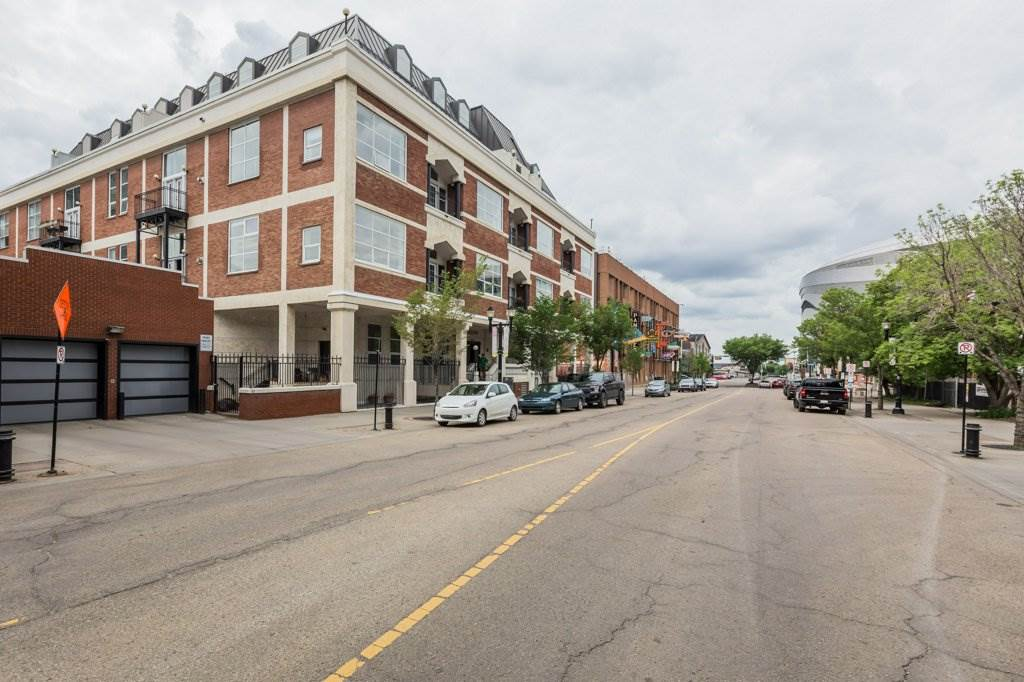 MLS® listing #E4165188 for sale located at PH6 10330 104 Street