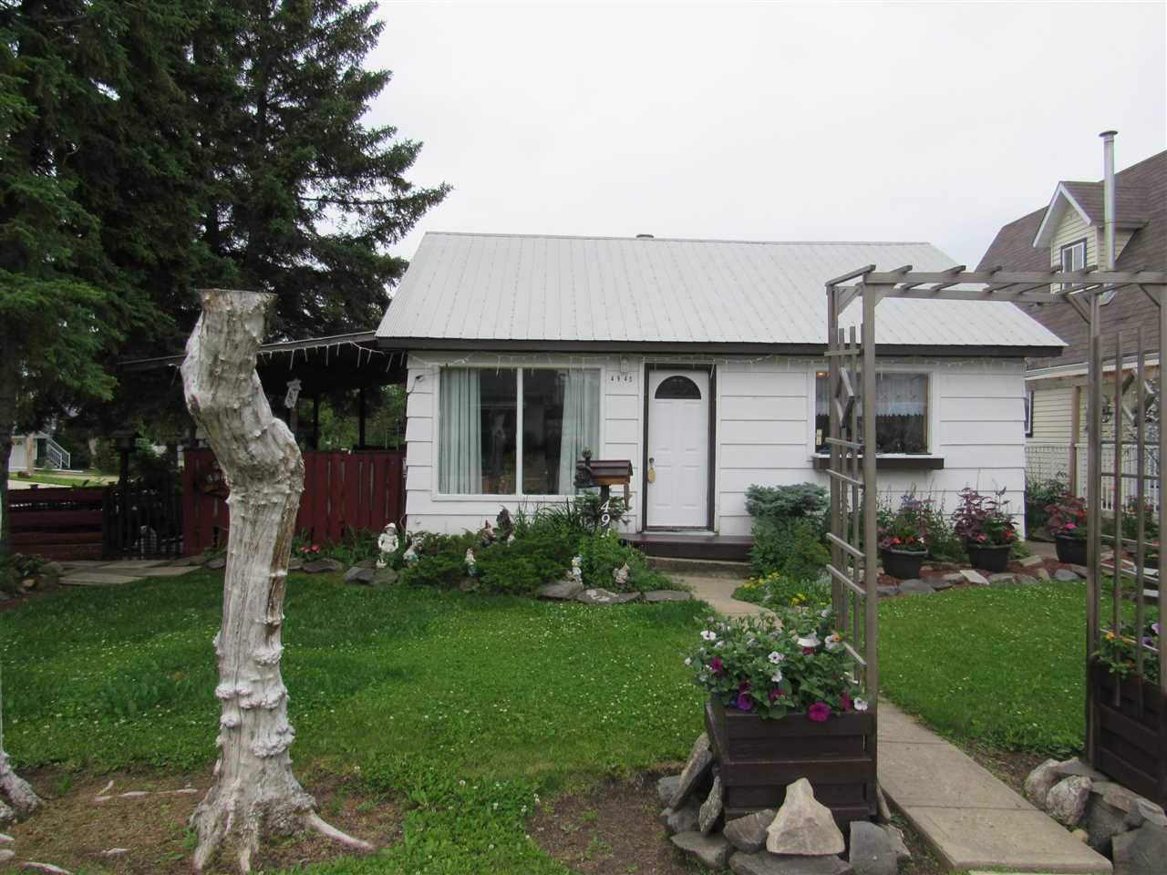 MLS® listing #E4165205 for sale located at 4945 49 Ave