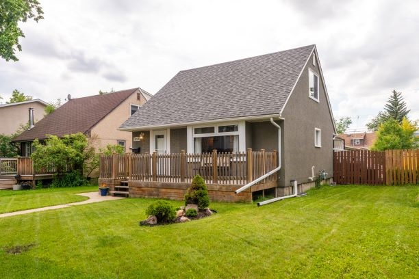 MLS® listing #E4165249 for sale located at 12118 126 Street