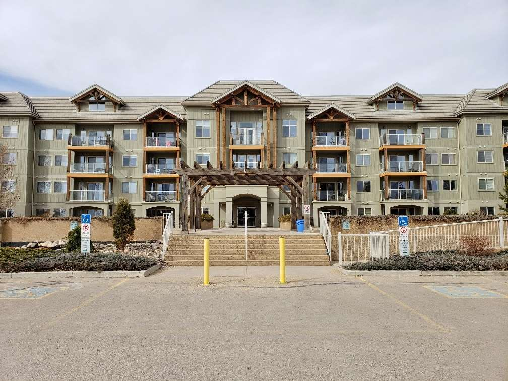 MLS® listing #E4165256 for sale located at 201 278 SUDER GREENS Drive