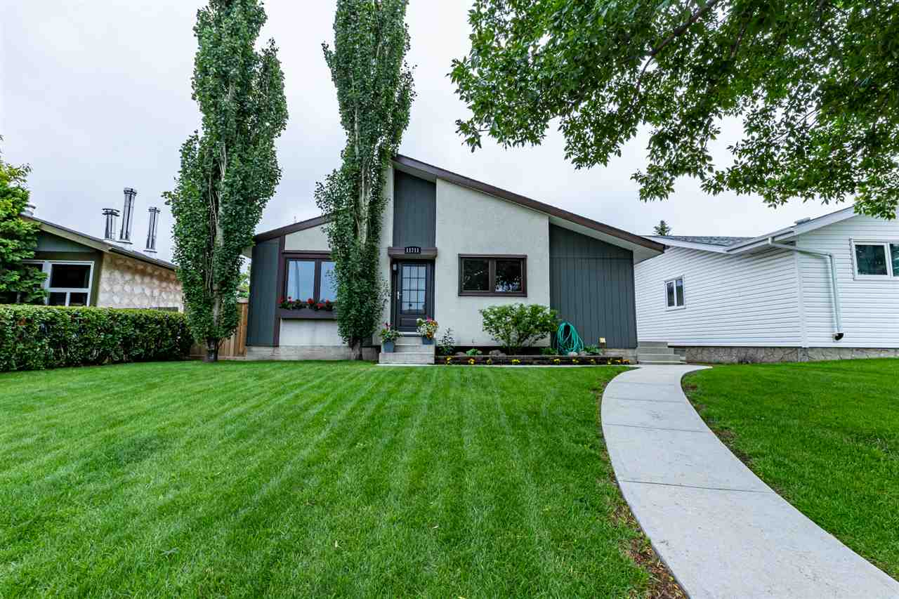 MLS® listing #E4165440 for sale located at 11711 151 Avenue