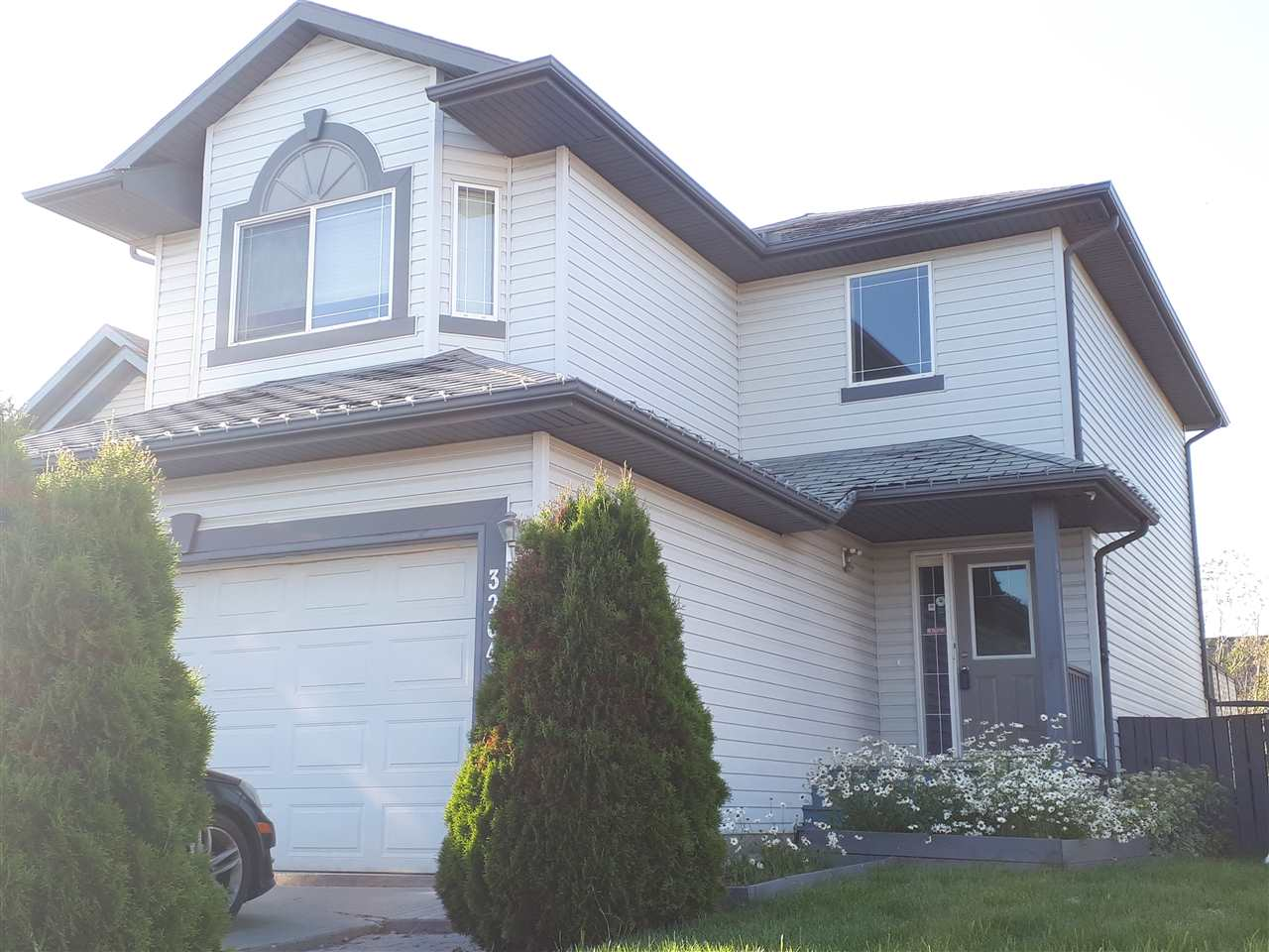 MLS® listing #E4165487 for sale located at 3204 29 Avenue