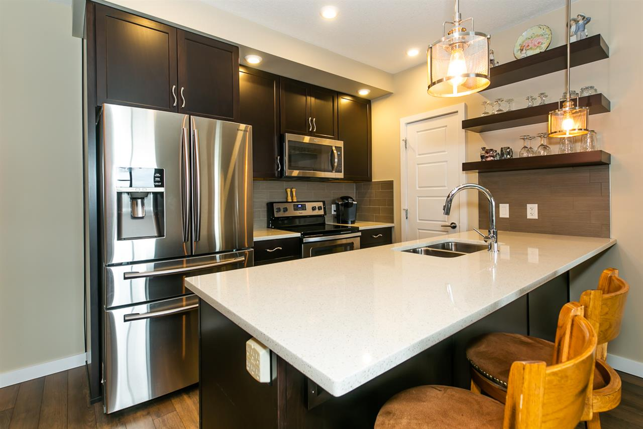 MLS® listing #E4165556 for sale located at 337 1008 ROSENTHAL Boulevard