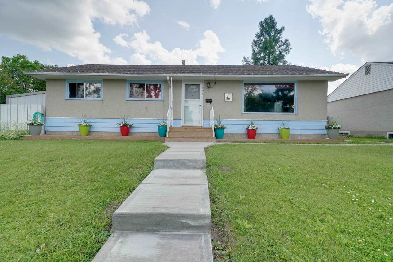 MLS® listing #E4165600 for sale located at 15215 87 Avenue