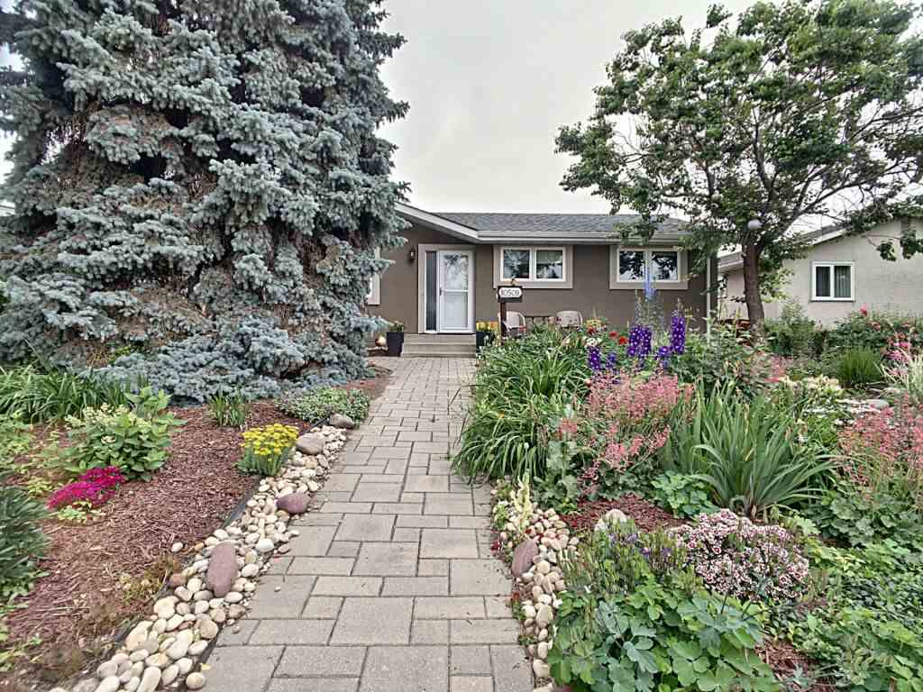 MLS® listing #E4165788 for sale located at 10508 55 Avenue