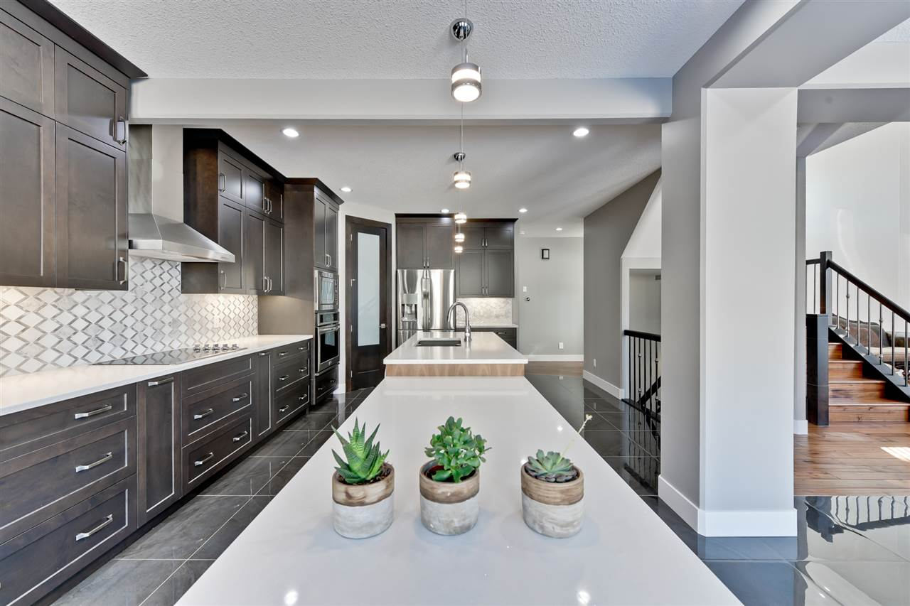 MLS® listing #E4165856 for sale located at 3916 KENNEDY Crescent