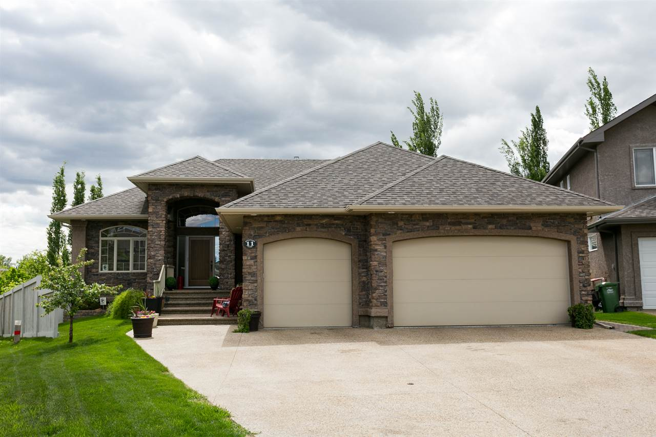 MLS® listing #E4165866 for sale located at 11 KINGSMOOR Close