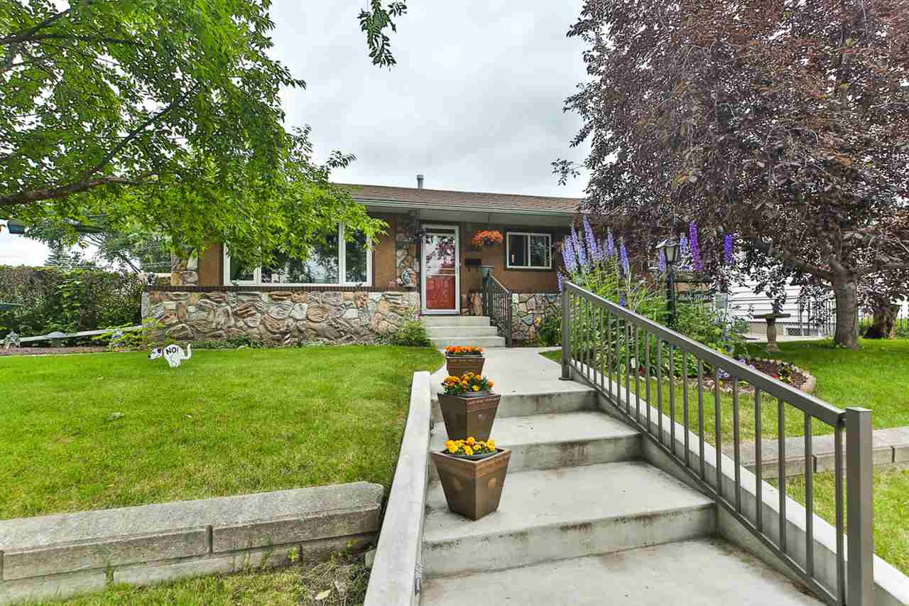 MLS® listing #E4166133 for sale located at 3826 109 Avenue