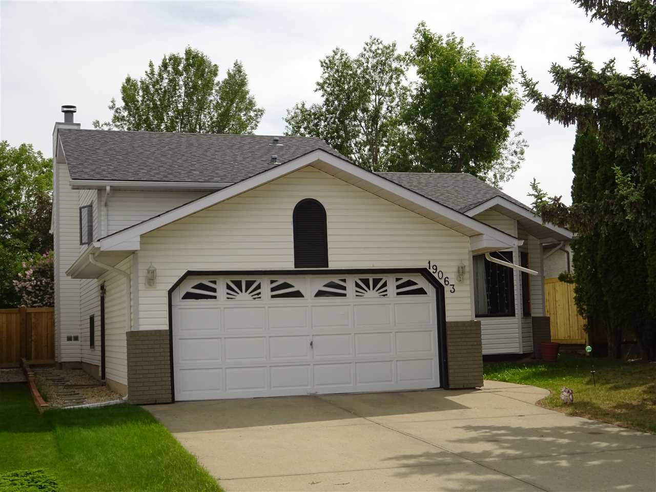 MLS® listing #E4166327 for sale located at 19063 71  Ave