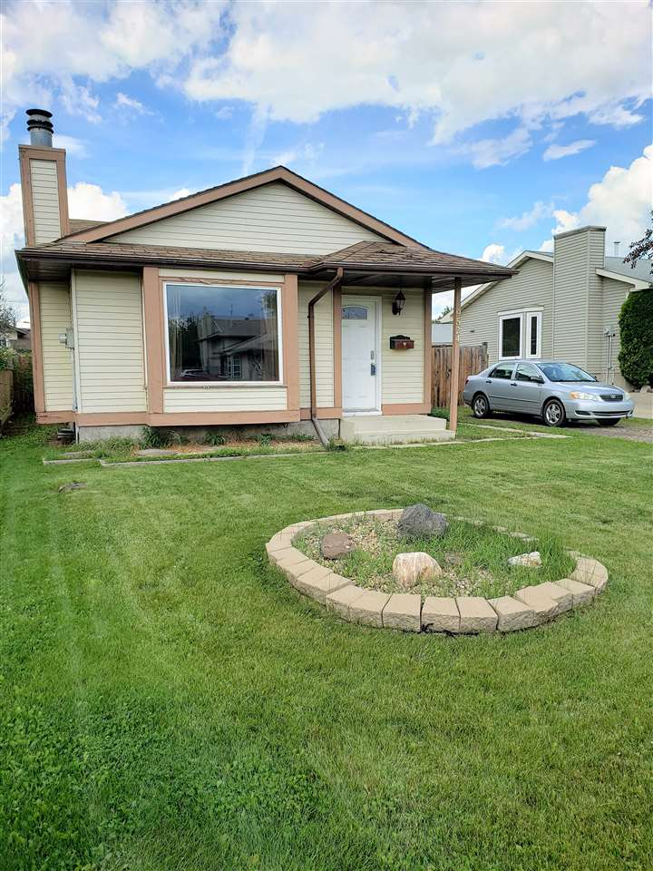 MLS® listing #E4166386 for sale located at 9524 173 Avenue