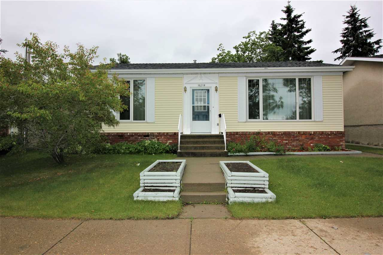 MLS® listing #E4166523 for sale located at 10219 155 Avenue