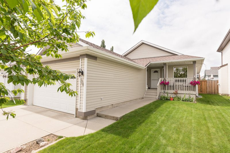MLS® listing #E4166557 for sale located at 36 Belfry Fairway Crescent