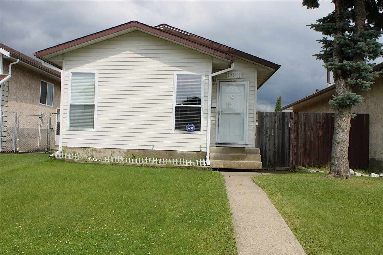 MLS® listing #E4166652 for sale located at 17911 92A Street