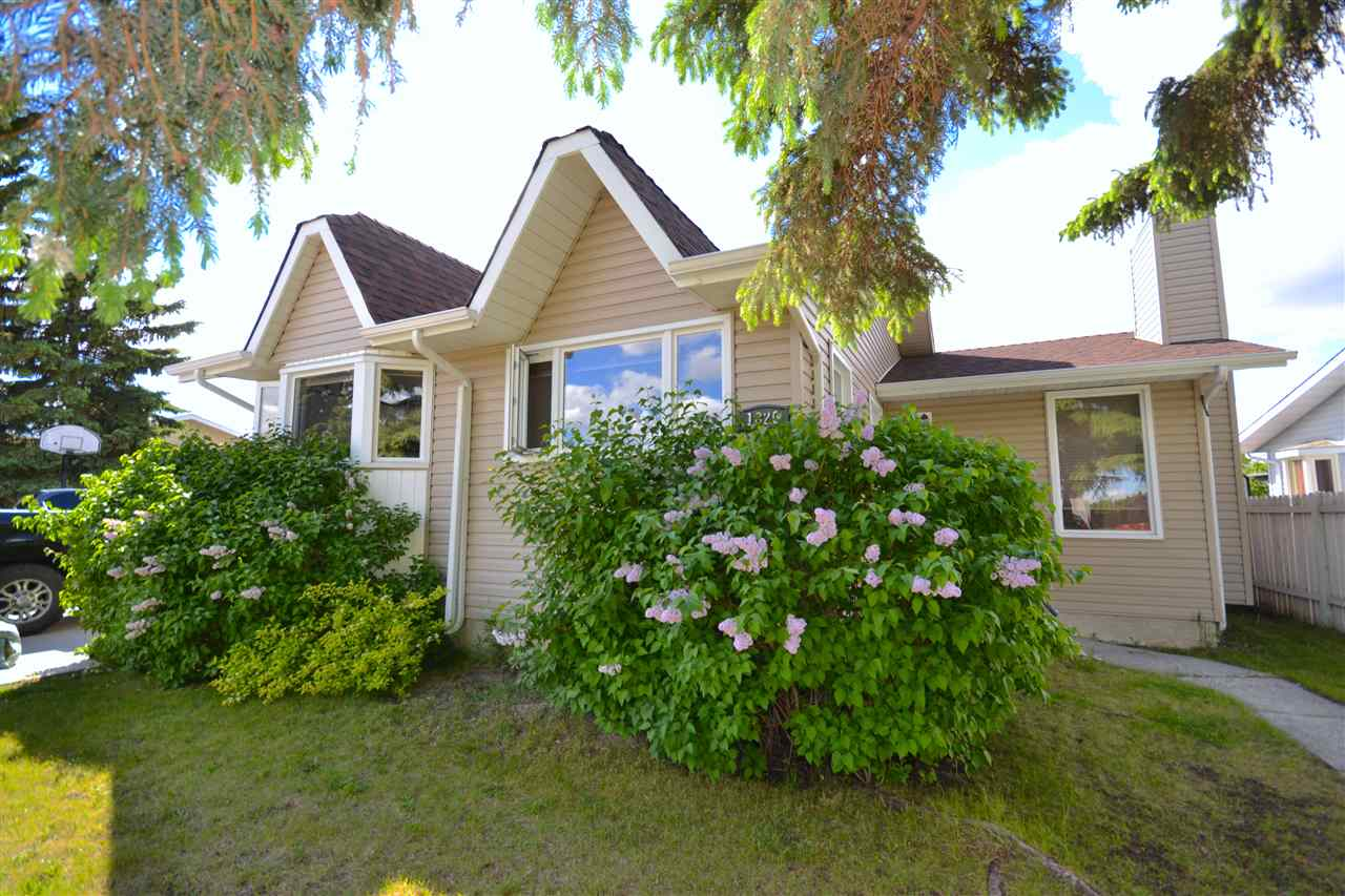 MLS® listing #E4166922 for sale located at 1820 40 Street