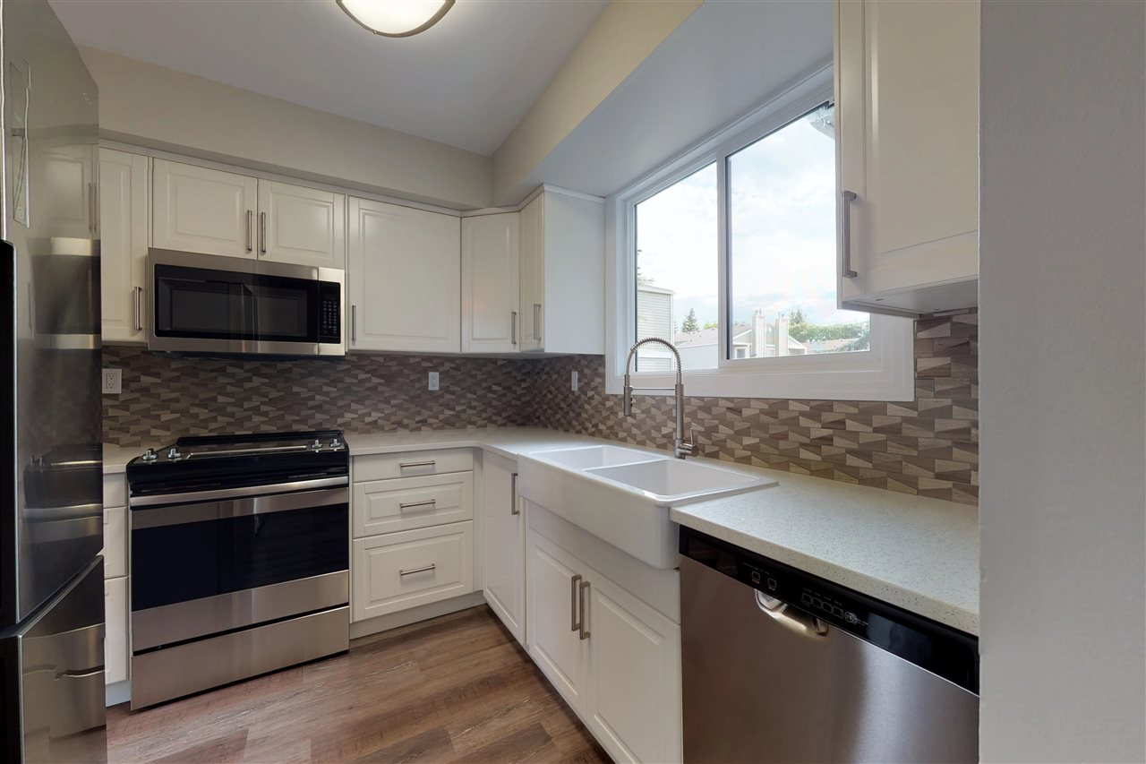 MLS® listing #E4167270 for sale located at 36 1820 56 Street