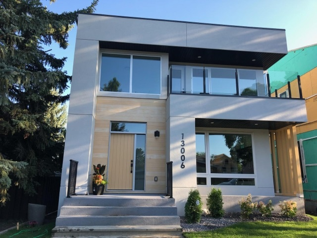 MLS® listing #E4167662 for sale located at 13006 66 Avenue NW