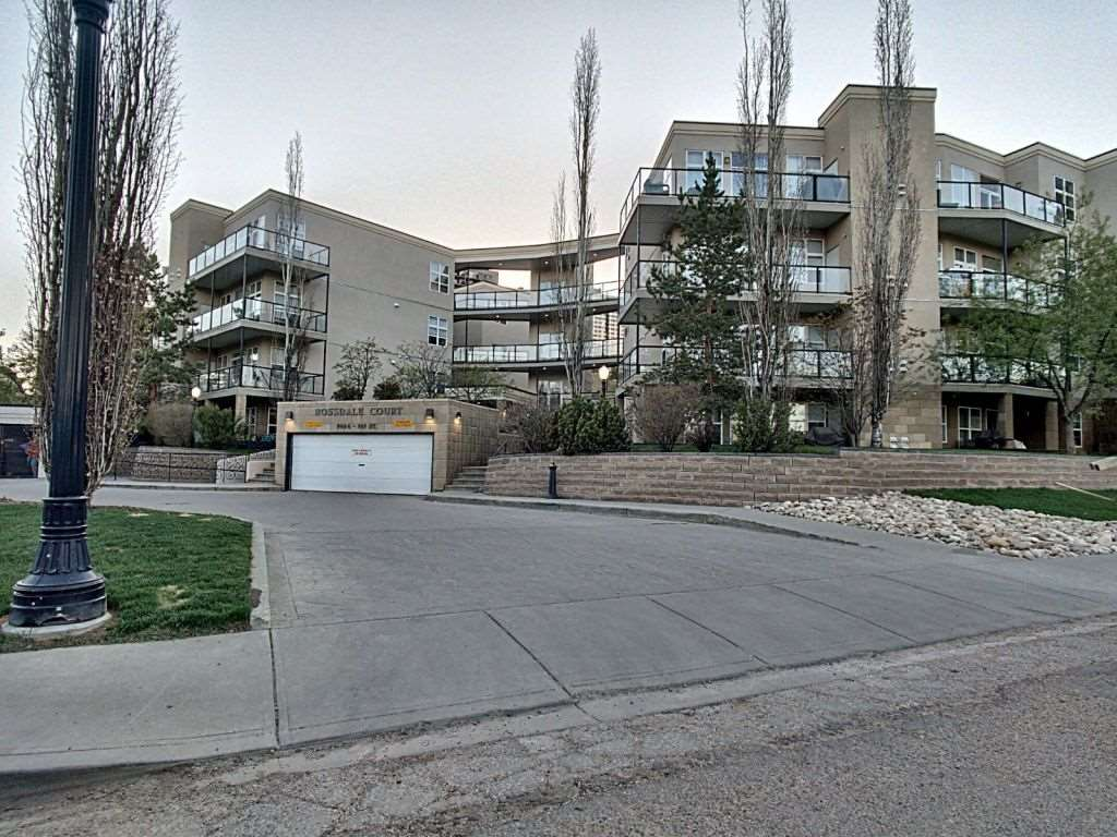 MLS® listing #E4167778 for sale located at 123 9804 101 Street