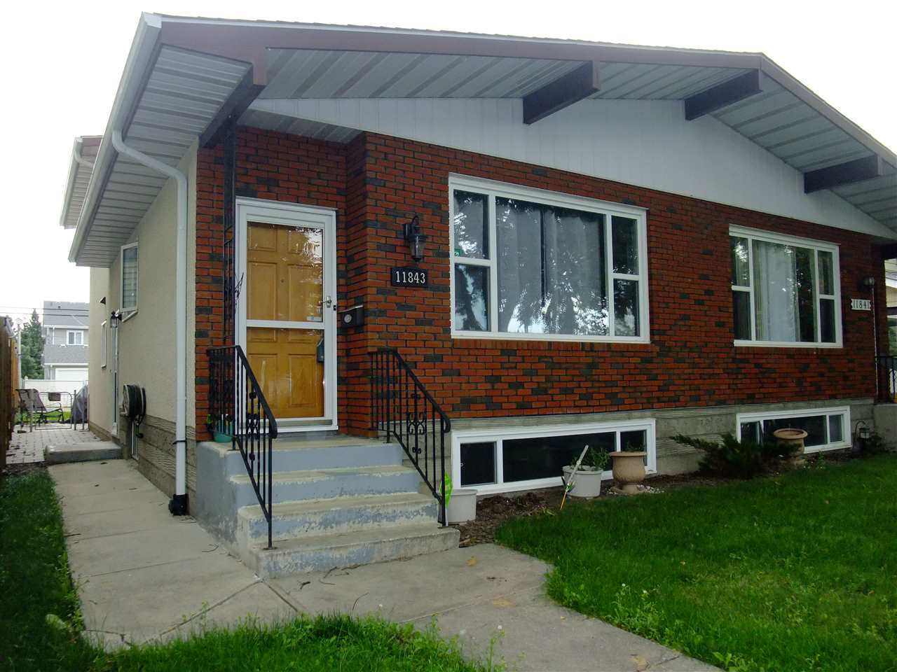 MLS® listing #E4167900 for sale located at 11843 123 Street