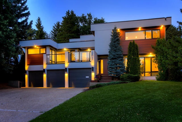 MLS® listing #E4168009 for sale located at 5015 154 Street