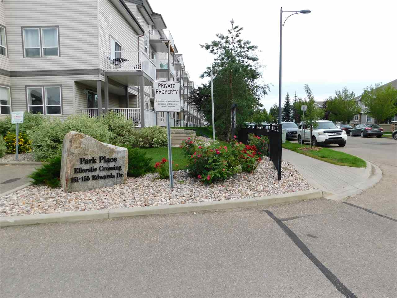 MLS® listing #E4168312 for sale located at 115 155 Edwards Drive SW