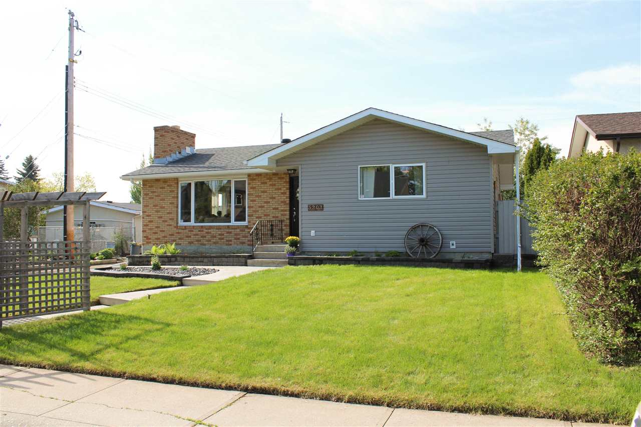 MLS® listing #E4169000 for sale located at 5303 92B Avenue