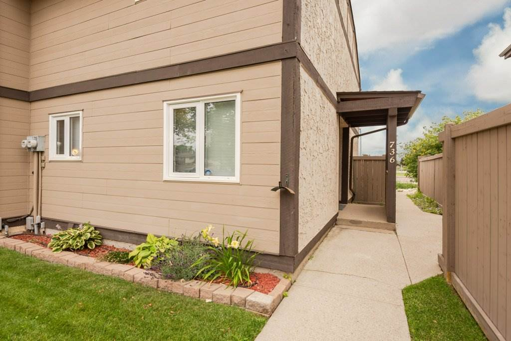 MLS® listing #E4169285 for sale located at 736 CLAREVIEW Road
