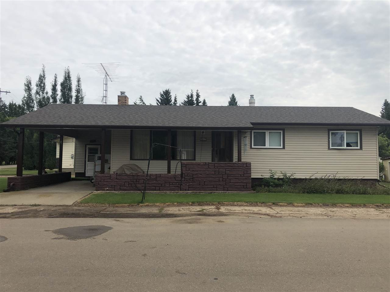 MLS® listing #E4169320 for sale located at 5117 49 A Avenue