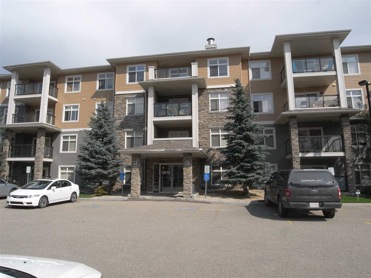 MLS® listing #E4169345 for sale located at 405 11615 ellerslie Road