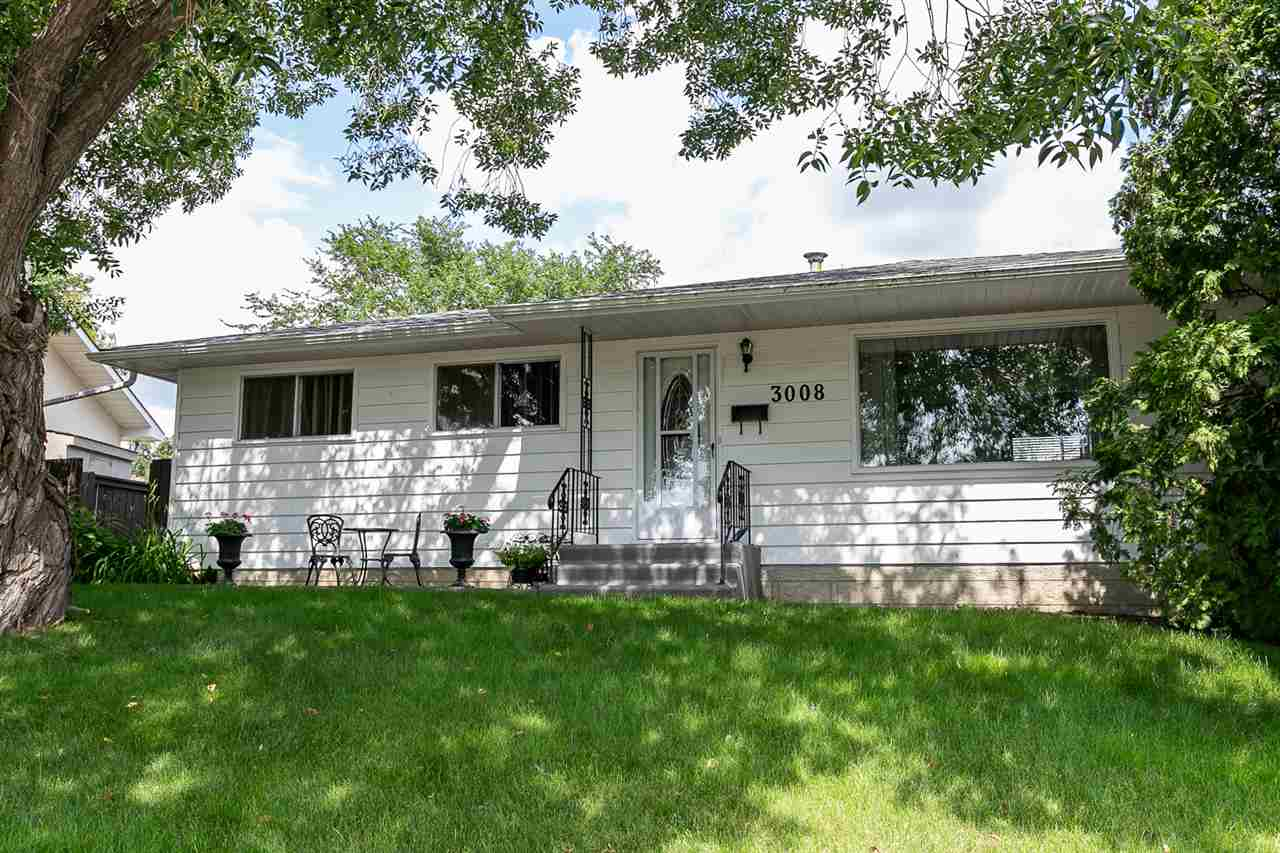 MLS® listing #E4169414 for sale located at 3008 105 Avenue