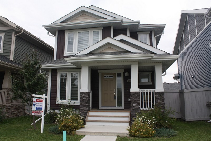 MLS® listing #E4169453 for sale located at 261 Griesbach Road NW