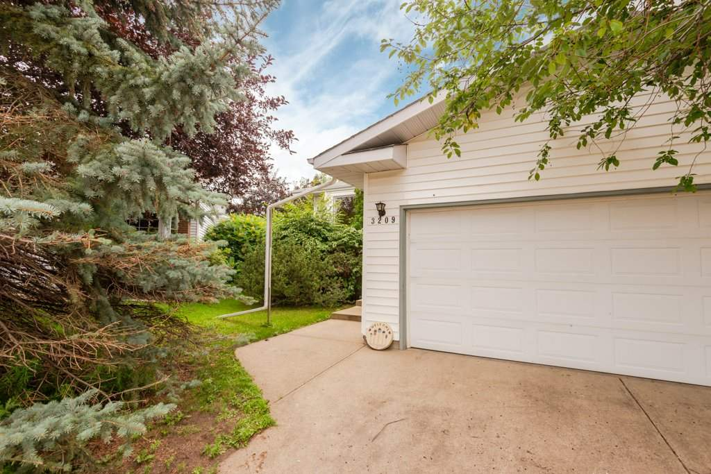 MLS® listing #E4169466 for sale located at 3209 36 Street