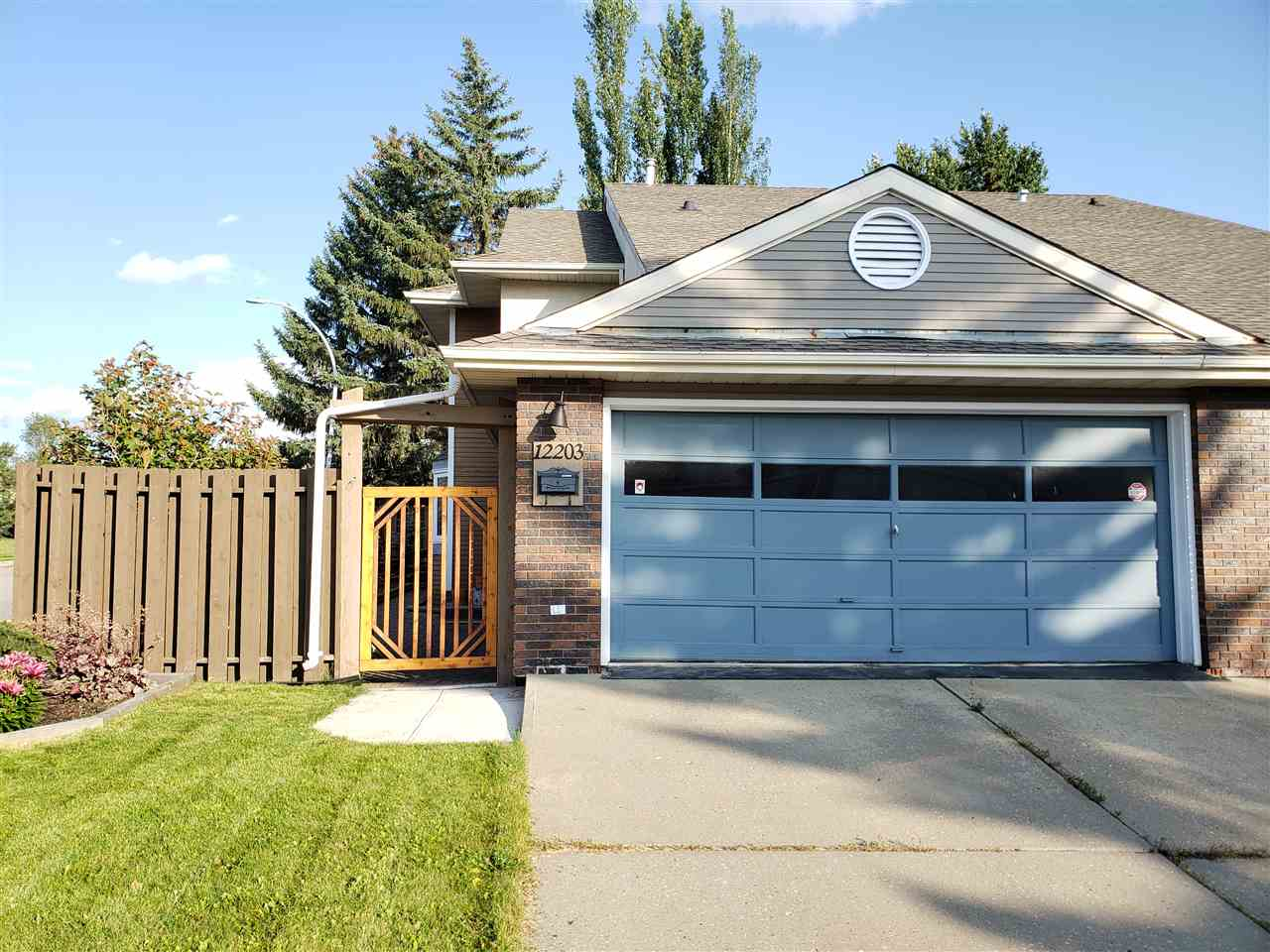 MLS® listing #E4169577 for sale located at 12203 25 Avenue