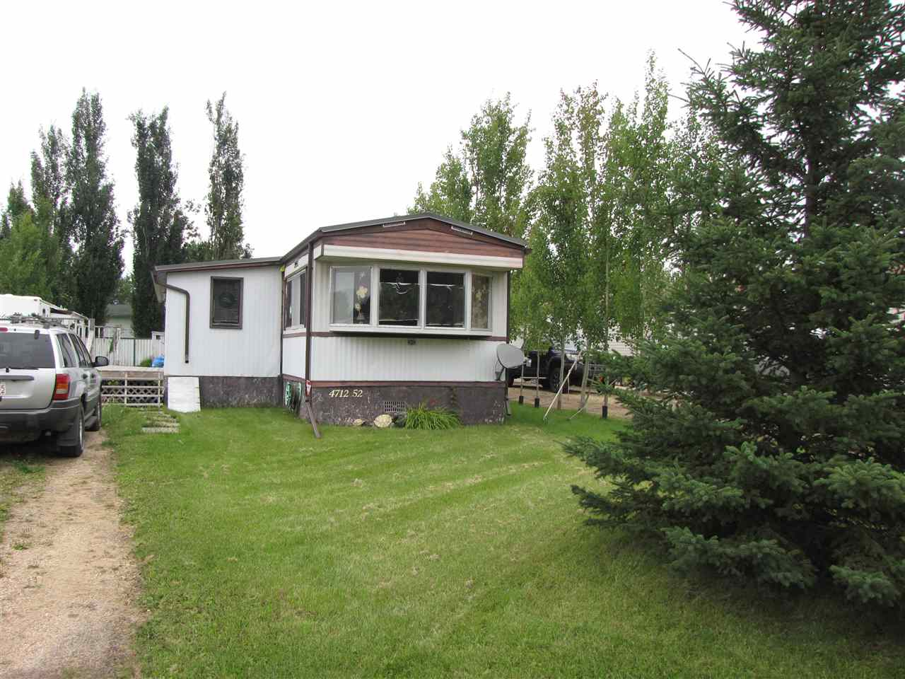 MLS® listing #E4169851 for sale located at 4712 52 Ave