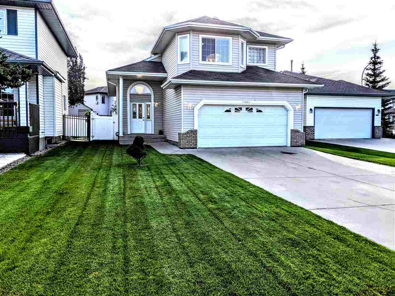 MLS® listing #E4169861 for sale located at 14048 128 Street