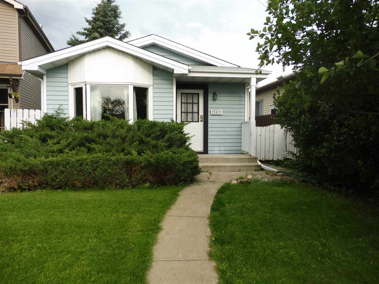 MLS® listing #E4169907 for sale located at 15611 83A Street
