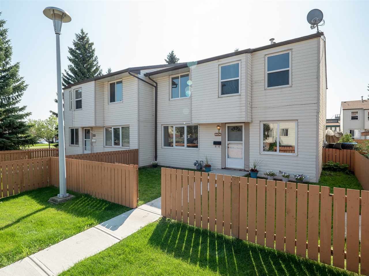 MLS® listing #E4169994 for sale located at 6606 178 Street