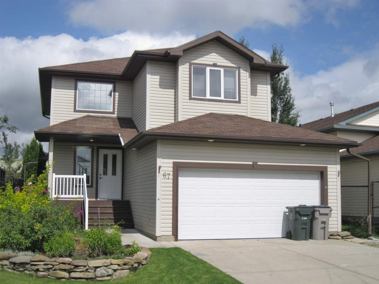 MLS® listing #E4170305 for sale located at 67 GRAYRIDGE Crescent