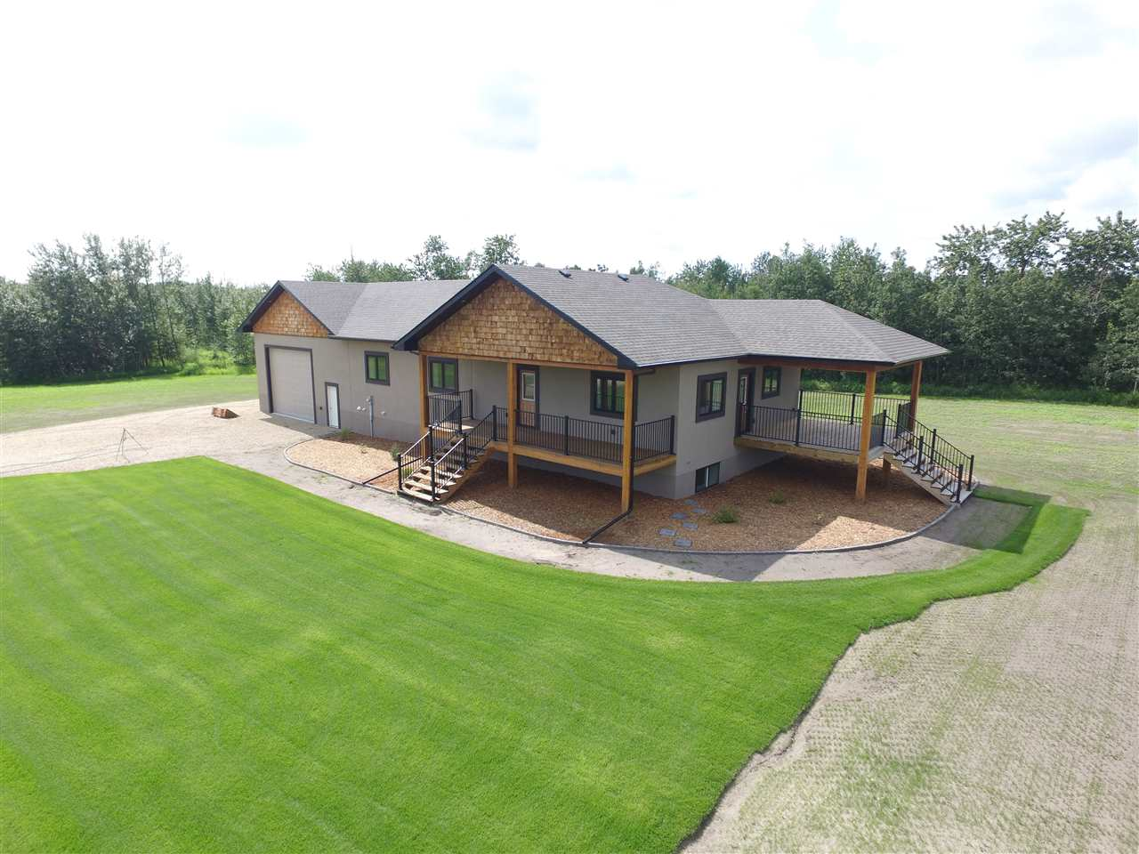 MLS® listing #E4170306 for sale located at #10 241034 Twp Rd 474