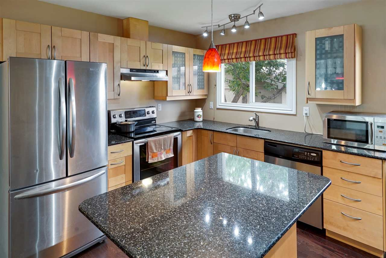 MLS® listing #E4170417 for sale located at 10419 52 Avenue