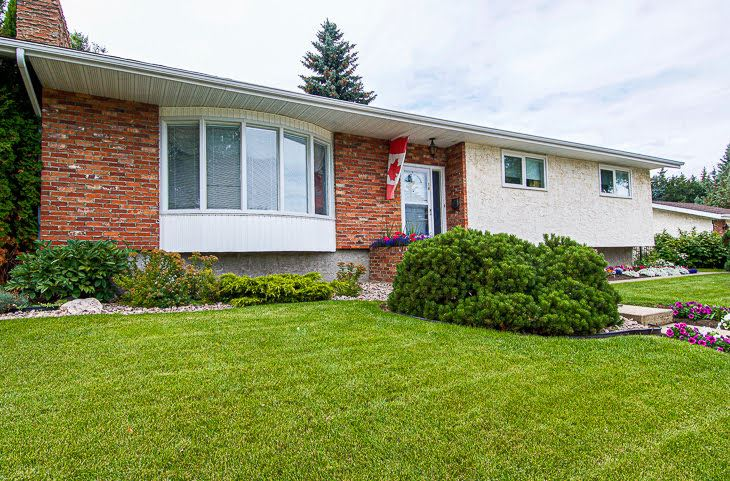 MLS® listing #E4170424 for sale located at 16 MEREDIAN Road